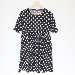 Dresses & Skirts - Black and white polka dot smock dress M/L